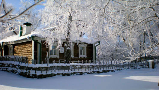 esenin house winter